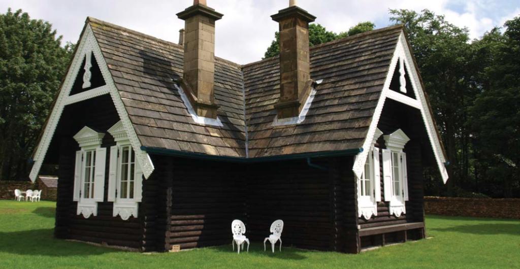 Κτίριο φιλοξενίας στο κτήμα Chatsworth για ενοικίαση από οικογένειες. Παρόμοια λειτουργία προτείνουμε για τα κτίρια του Διευθυντηρίου και του Δασονομείου.
