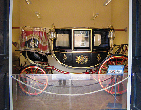 Μουσείο Βασιλικών Αμαξών και Βασιλικών Αυτοκινήτων
