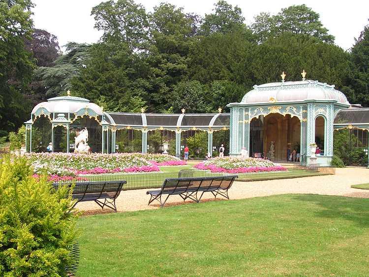 Κήποι του Waddesdon Manor της Οικογένειας Rothschilnd στο Ηνωμένο Βασίλειο